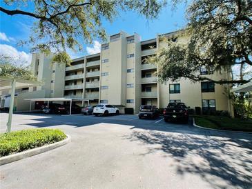 Photo one of 13626 Greenfield Dr # 208 Tampa FL 33618 | MLS U8139671