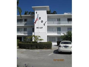 Photo one of 11201 80Th Ave # 103 Seminole FL 33772   MLS U8139707