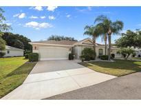 View 914 Oxford Park Dr Sun City Center FL