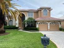 View 1121 Darlington Oak Ne Dr St Petersburg FL