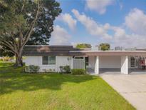 View 1301 Glen Oaks E Dr # 129 Sarasota FL