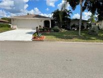 View 8419 Brandeis E Cir Sarasota FL