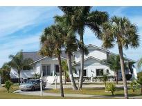 View 1301 Bayshore Dr Englewood FL