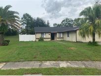 View 12610 Twisted Oak Dr Tampa FL