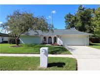 View 1411 Oakwood Ln Plant City FL