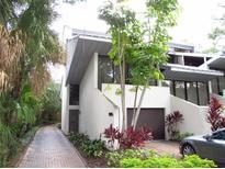 View 1511 S Bay Villa Pl # 1/2 Tampa FL