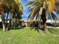 View 494 Lake Of The Woods Dr Venice FL