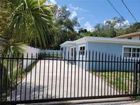 View 915 E Humphrey St Tampa FL