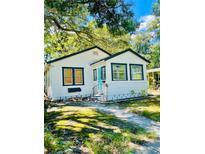 View 3026 Melton N St St Petersburg FL