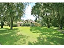 View 605 Graceful Oaks Ct Plant City FL