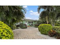 View 830 40Th Ave Ne St Petersburg FL