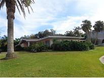 View 9 N Pine Cir Belleair FL