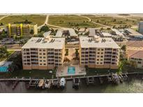 View 11525 Gulf Blvd # 101 Treasure Island FL
