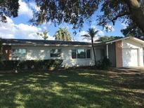 View 10191 Oakhurst Rd Seminole FL