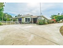 View 10598 Orange Blossom Ln Seminole FL