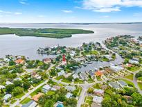View 1902 Arrowhead Ne Dr St Petersburg FL