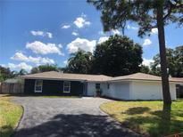 View 9027 Merrimoor Blvd Seminole FL