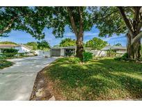 View 7501 Meadowlawn N Dr St Petersburg FL