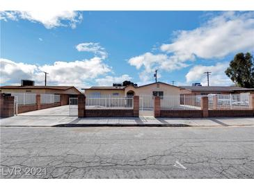 Photo one of 1309 Bluff Ave North Las Vegas NV 89030 | MLS 2270477