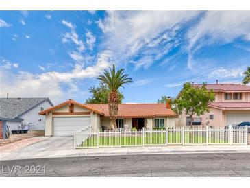 Photo one of 330 Fuente Dr Henderson NV 89014   MLS 2328459