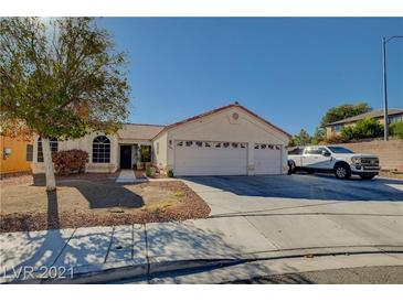 Photo one of 6139 Theatrical Rd North Las Vegas NV 89031   MLS 2331163