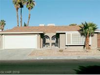 View 3916 Redwood St Las Vegas NV